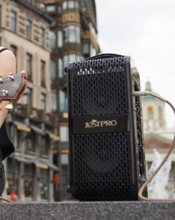 AC70 Black Mobile Acoustic Amp